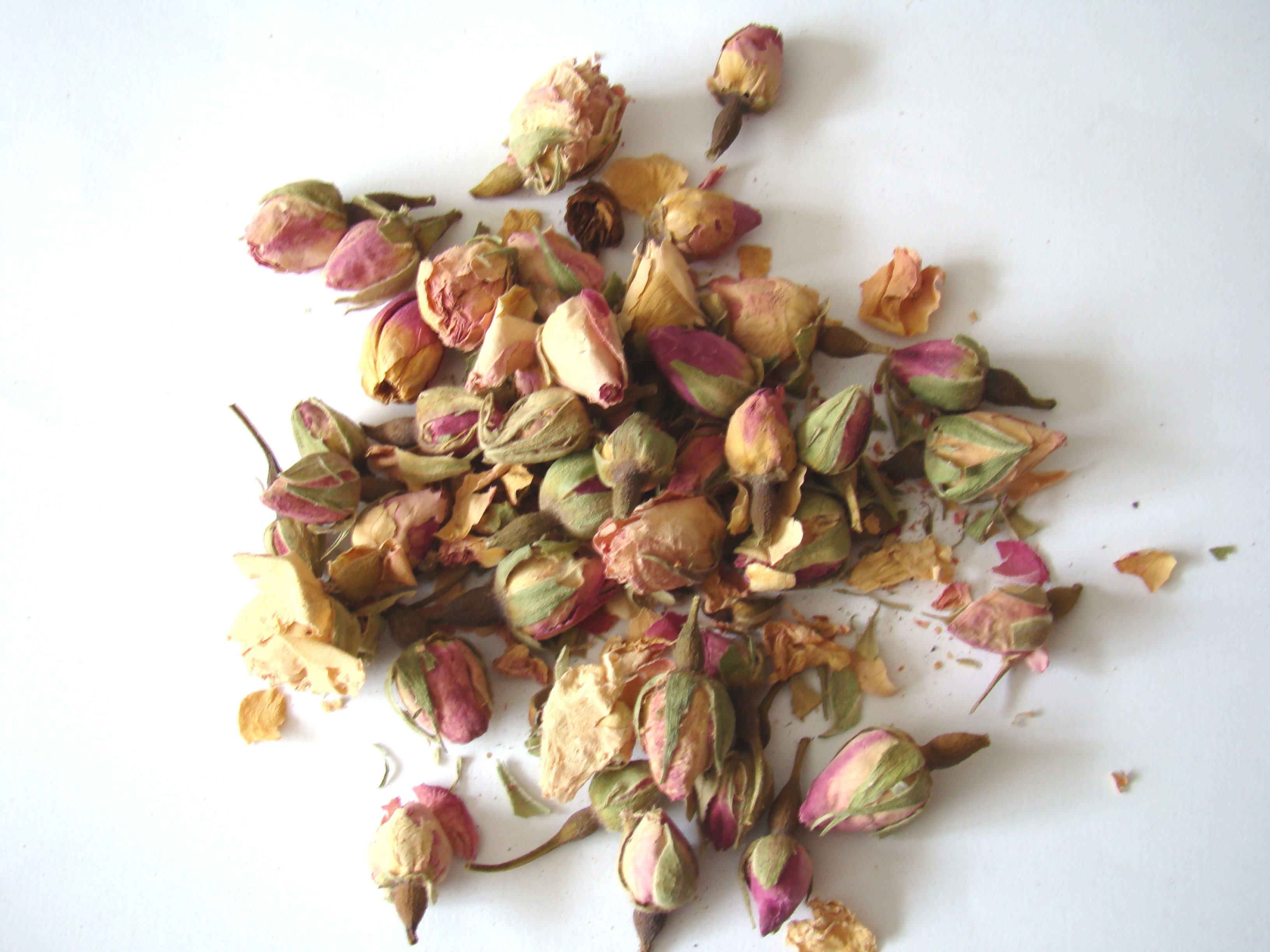 Rose buds (whole) pink (50g)